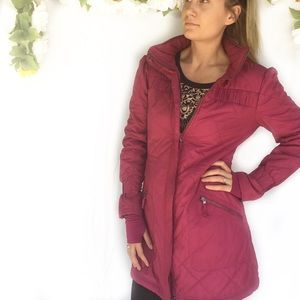 Title9 Wine/burgundy quilted long car coat jacket